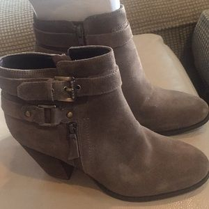 Guess Suede ankle boots